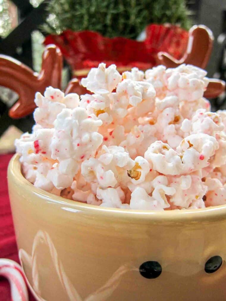 bowl of peppermint popcorn