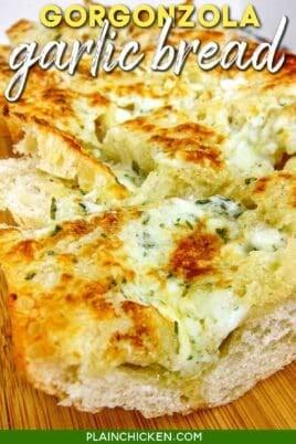 slices of gorgonzola bread