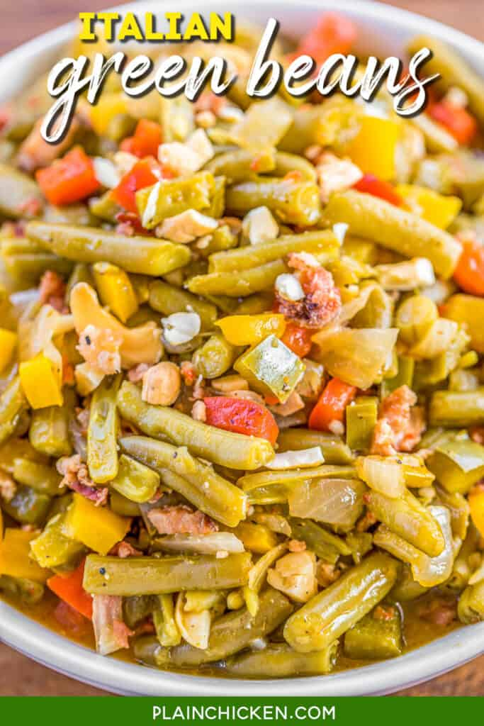 bowl of italian green beans and bacon