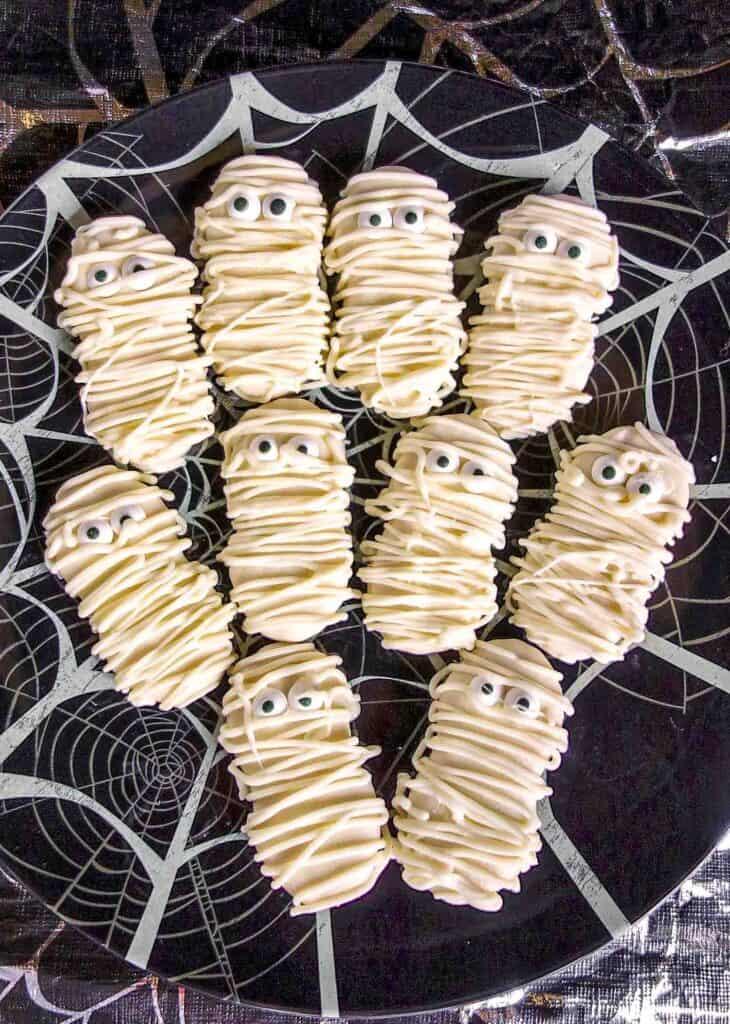 plate of nutter butter mummies