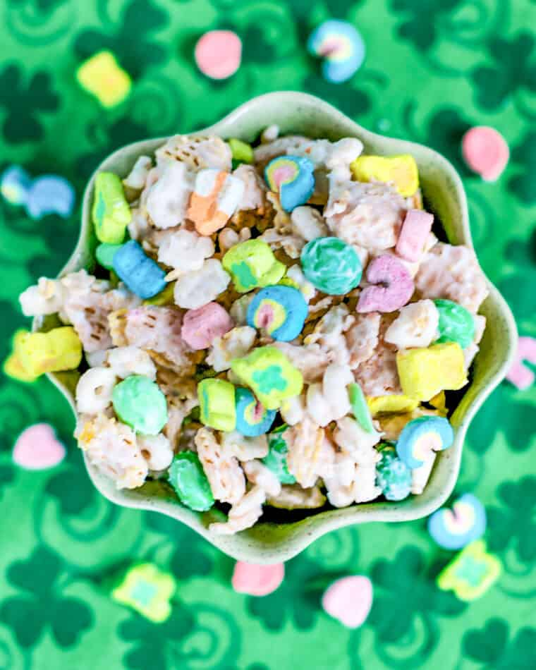 bowl of lucky charm chex mix