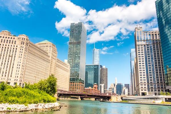Architecture River Tour in Chicago