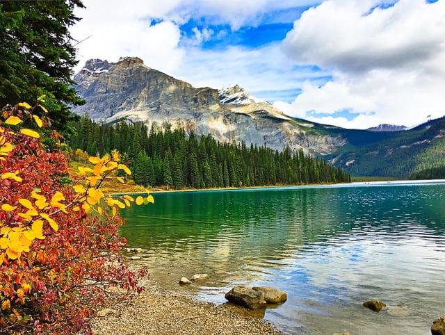 Emerald Lake - Yoho National Park - BC Canada