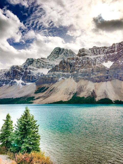 Bow Lake - Alberta Canada