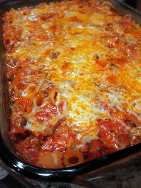 No Boil Baked Penne - penne pasta, cheese and meat sauce baked in the oven - no need to precook the pasta - it bakes in the pan with everything else!