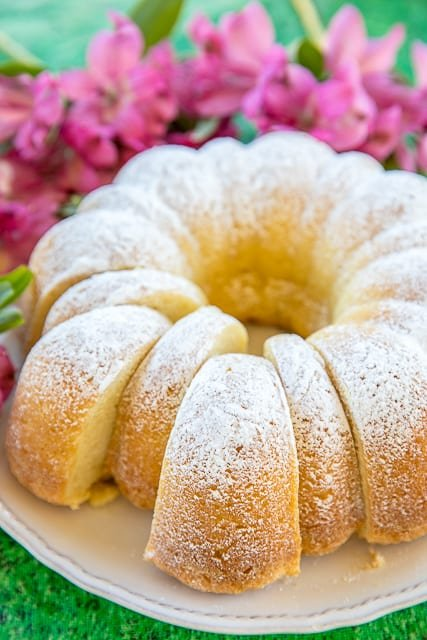 Augusta National Sour Cream Pound Cake - recipe from the famous Masters golf tournament. Only 7 ingredients - butter, sugar, eggs, baking soda, sour cream, flour and vanilla. So simple and SOOO good! Great flavor! Top with whipped cream and berries or ice cream. Everyone asks for the recipe! THE BEST pound cake around! #themasters #masters #augustanational #poundcake #dessert #cake