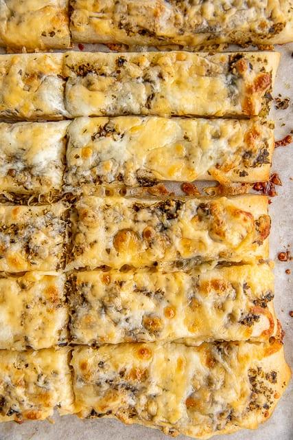 Baked cheesy pesto breadsticks