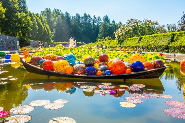 Chihuly at The Biltmore - Float Boat, 2017