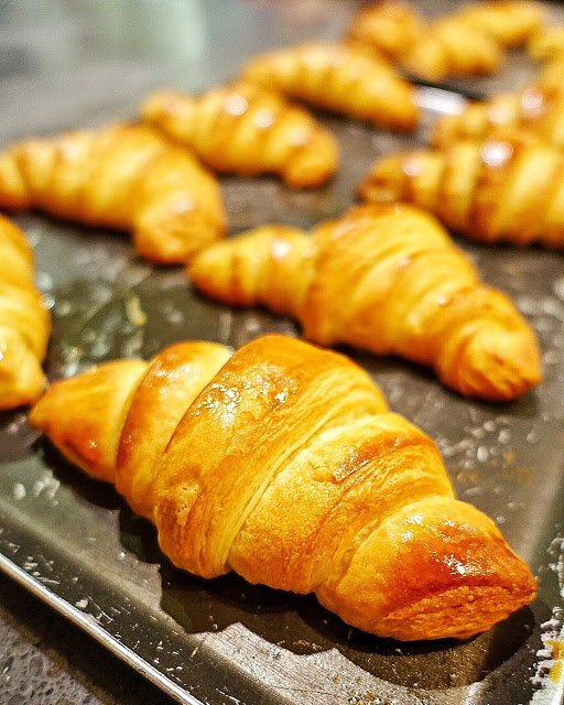 Croissant baking class in Paris - eat croissants straight out of the oven. Best croissants in the city!