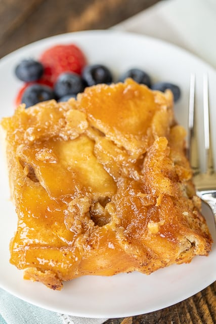 Overnight French Toast Casserole - assemble the night before and let sit in the refrigerator until ready to bake. This is SO good!! The best part of the whole casserole is the yummy caramelized brown sugar on the bottom. French bread, brown sugar, butter, milk, eggs, vanilla, cinnamon and salt. Ridiculously good! Great for overnight guest and Christmas morning!! #makeahead #christmas #breakfast #casserole #christmasbreakfast