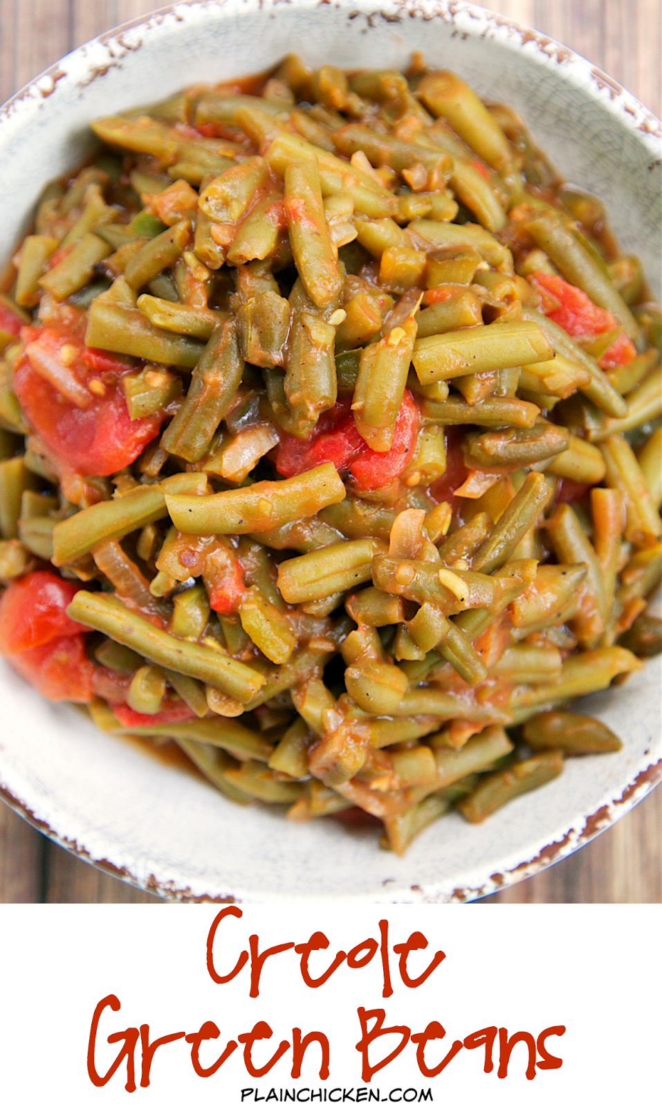Creole Green Beans Recipe - transform canned green beans into something amazing! Green beans, bacon,onion, green pepper, brown sugar, mustard, stewed tomatoes and Worcestershire sauce. SO good! I could make a meal out of these green beans!