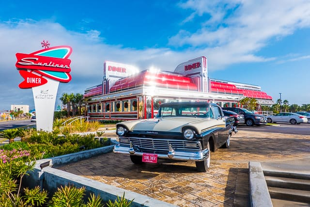 outside of the sunliner diner in gulf shores