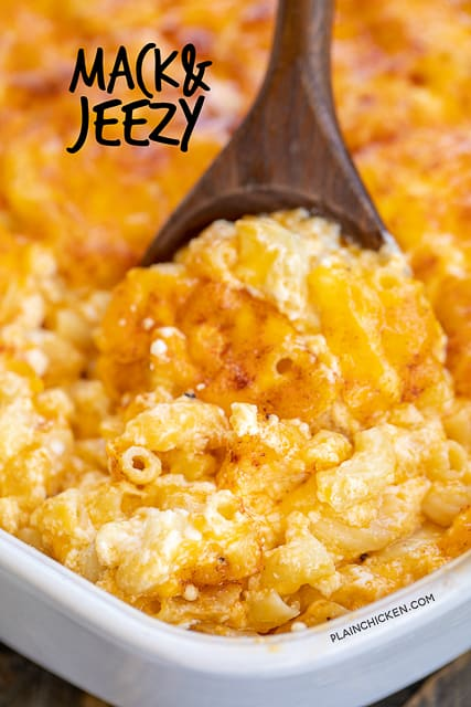 Mack & Jeezy - seriously delicious mac and cheese recipe!! No sauces to make. Just boil the pasta, stir in the cheese and bake. Elbow macaroni, cottage cheese, egg, sharp cheddar cheese, salt and paprika. Served this at a dinner party and it was the first thing to go! SO good!!! #macandchese #pasta #sidedish #casserole