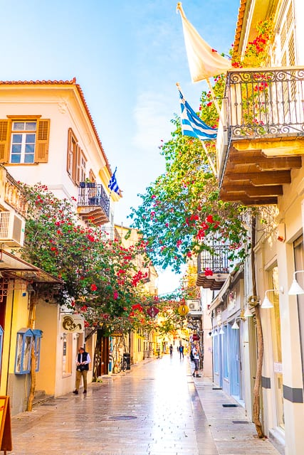 A Day in Náfplio, Greece - you don't want to miss this picturesque Greek town. It is one of the most beautiful cities I've ever been to. It is a great place to spend the day shopping and enjoying some gelato! #travel #greece #nafplio