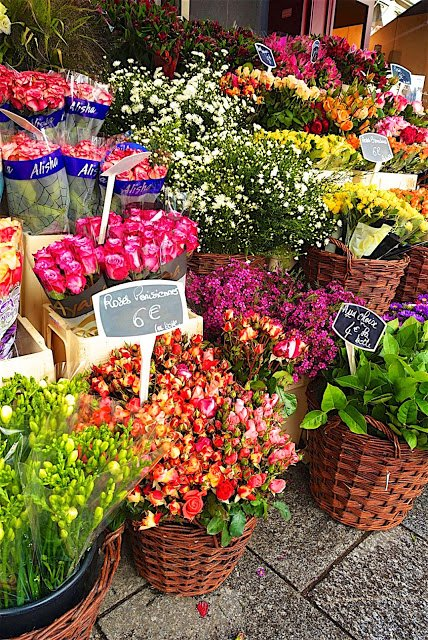 Flowers on the streets of Paris