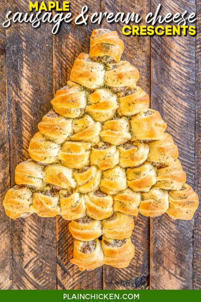 sausage crescent rolls baked in a christmas tree shape