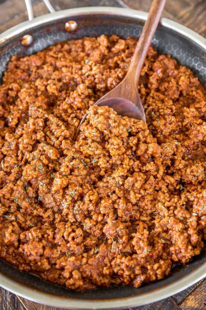 skillet of sloppy joe meat