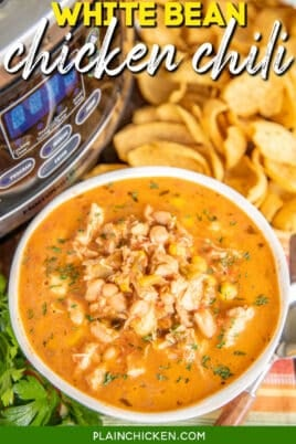 bowl of chicken chili with corn